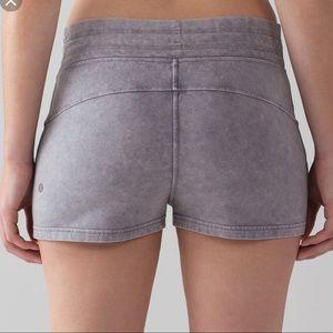 Lululemon Cotton shorts size 10